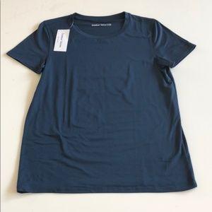 NWT Cloudknit T shirt- navy